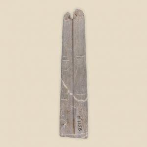 2 finger amulet