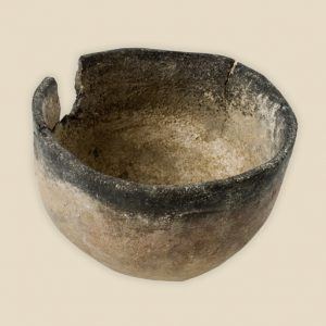 Pan grave cup